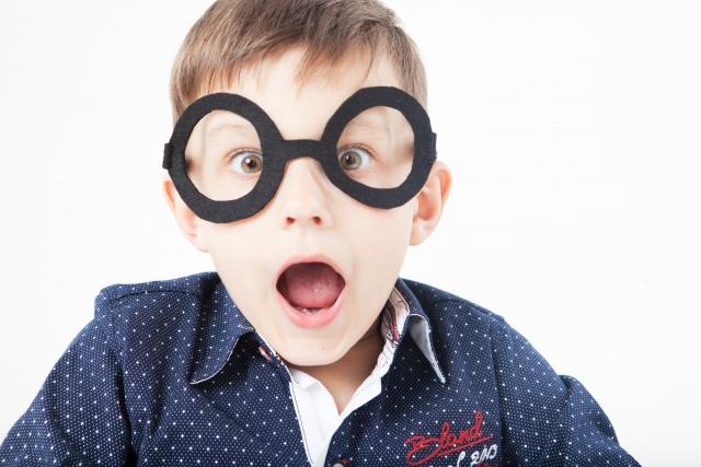 メガネのずれイメージ